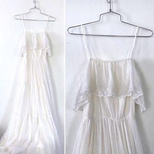 Vintage 1970's white prairie boho wedding dress
